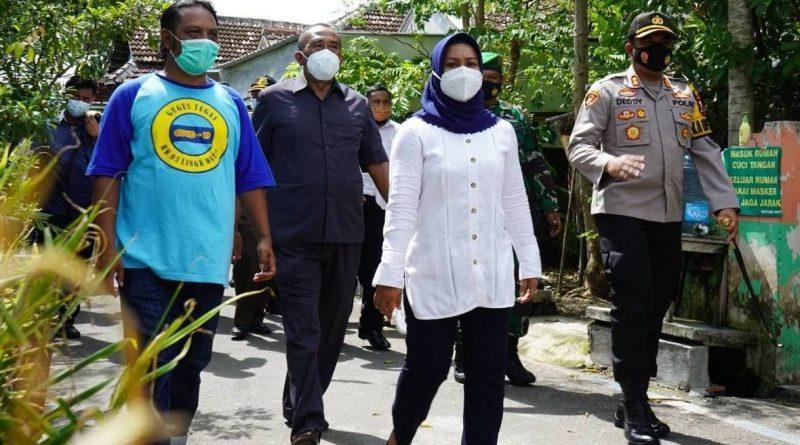 Ning Ita bersama Jajaran Forkopimda Kompak Sosialisasikan Penerapan PPKM di Kota Mojokerto