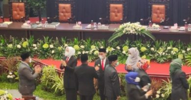Paripurna DPRD Kabupten Mojokerto, Serah Terima Jabatan Bupati