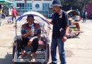 Boniman Pengurus Komunitas Sang Prabu, Terjun Ke Masyarakat Bawah Bagikan Nasi Kotak di Jumat Berkah
